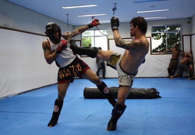 MMA training going off at Nova União