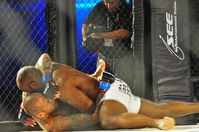 Images of MMA in Abu Dhabi