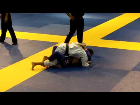 Check out master champion Gustavo Dantas in action in Vegas