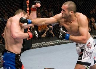 Gouveia in pursure of seventh UFC win. Photo: Josh Hedges