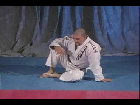 Rigan teaches guard exercises to do alone