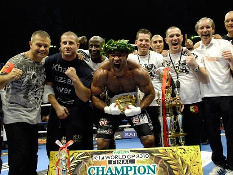 Overeem and Barnett move ahead in Strikeforce GP