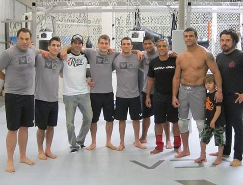 """Durinho elogia treino com Vitor Belfort e anuncia: """"Este ano eu estreio no MMA"""""""