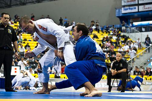 Targeting ADCC, Bernardo mixes up training