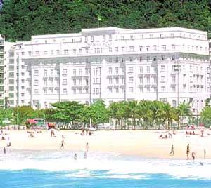 White, Minota, Anderson e Shogun se reúnem em Copacabana