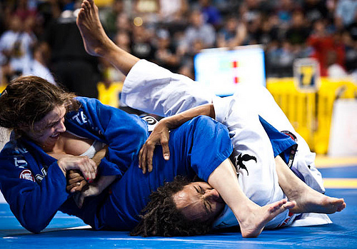 Por dentro da mente de Mackenzie Dern, a número 1 do mundo no Jiu-Jitsu feminino