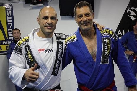 "Video: Sweep and submit with Romero ""Jacaré"" from Alliance Jiu-Jitsu"