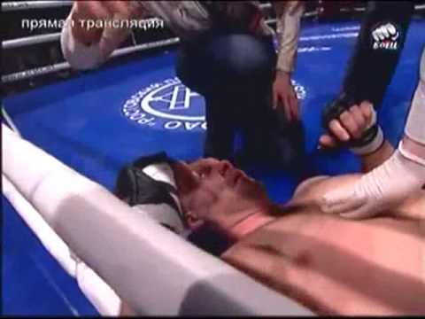 Emelianenko back to steamrolling opponents