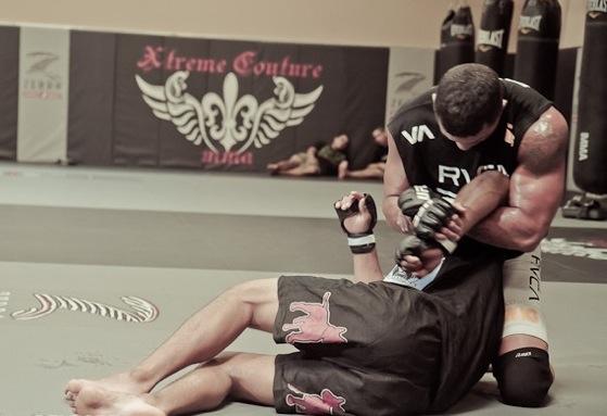 "Vitor's ""natural"" training for Akiyama"
