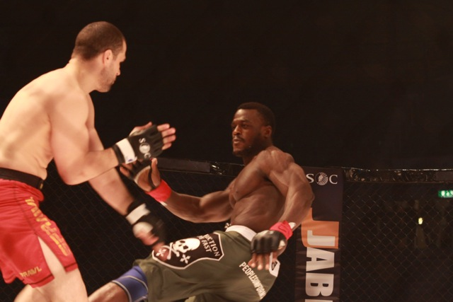 Pitbull against promotional first-timer at UFC 138