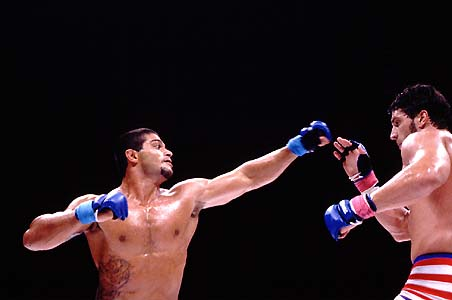 On Ricardo Arona's birthday, remember two of his greatest moments in grappling and MMA