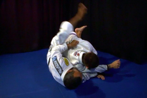 Foist danger on your opponents from closed guard!