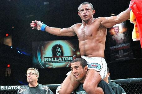 Bellator: Marlon through to GP final