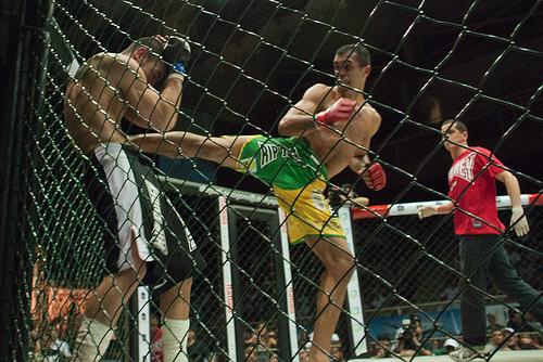 Brazilian standout striker promises fireworks at Bellator