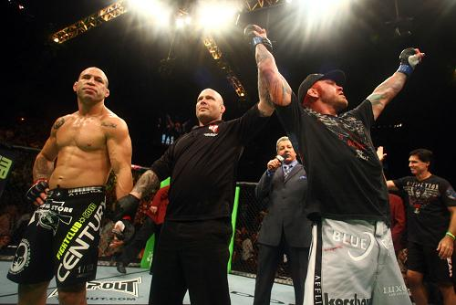 Electrifying UFC images from beginning to end