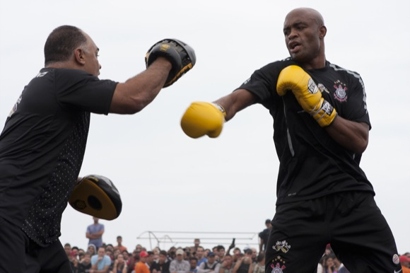 "Anderson na expectativa para luta de Wallace em ""Fina Estampa"", sábado"