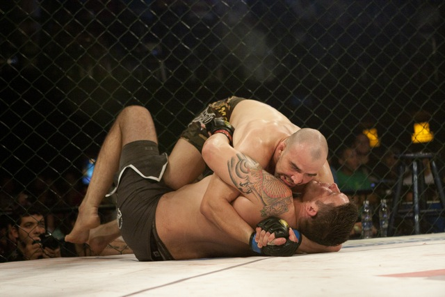 Glover versus ex-UFC fighter, and other aces in action today