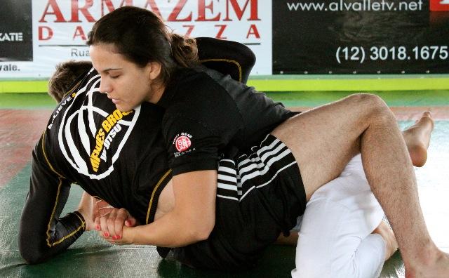 """""""Certo"""" no absoluto, Rafa treina com Kyra para o ADCC"""