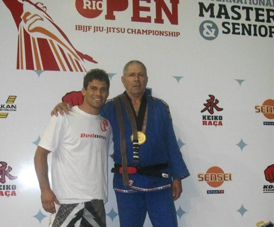 No Brasil e nos EUA, pai e filho vibram com Jiu-Jitsu