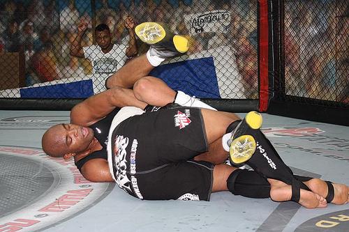 Veja o treino de Jiu-Jitsu de Anderson Silva para o UFC 183