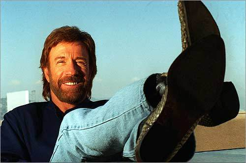 Chuck Norris wins poker world championship with joker, a jack, a 4, a 7, and an Uno card
