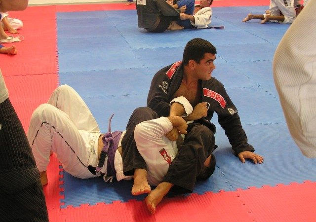 Tighten up your lateral armbar
