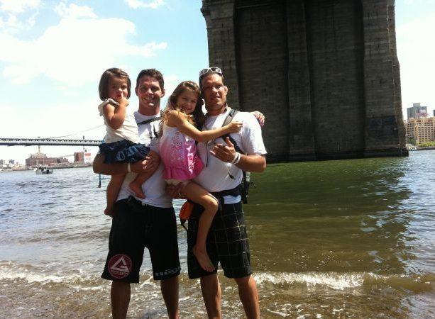 Irmãos Almeida remam para combater o autismo