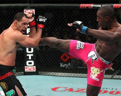 Minotouro pega Tito e irmãos Nogueira lutam na mesma noite