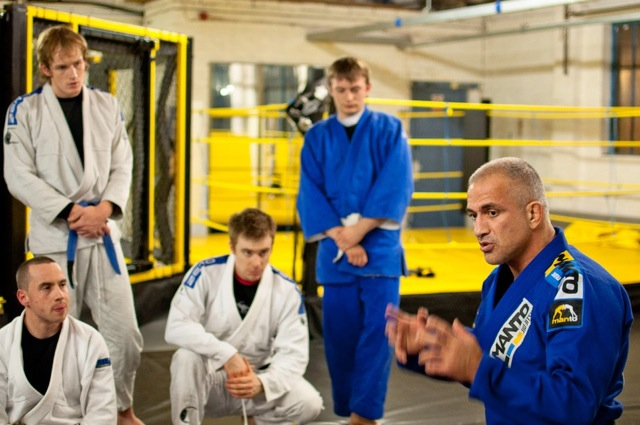 Zé Mario Sperry durante seminário de Jiu-Jitsu na Inglaterra, em Manchester. Foto: Divulgação/GRACIEMAG.