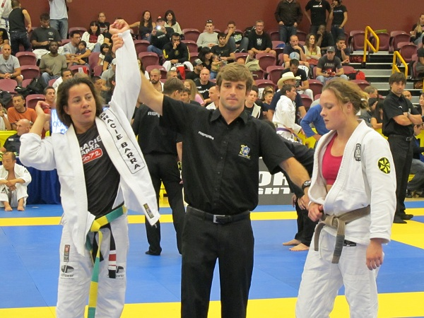 American Nationals: Fabiana wins at lightweight; Felipe Guedes wins on return