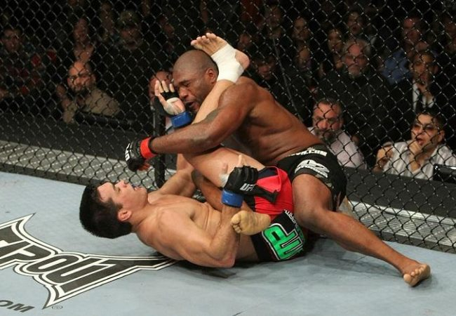 How can Lyoto stop Jon Jones at UFC 140?