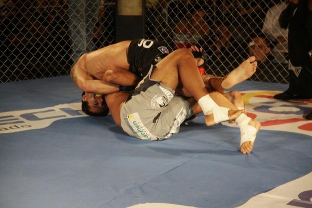 On evening of great Jiu-Jitsu, Mondragon beats Samuray in Manaus