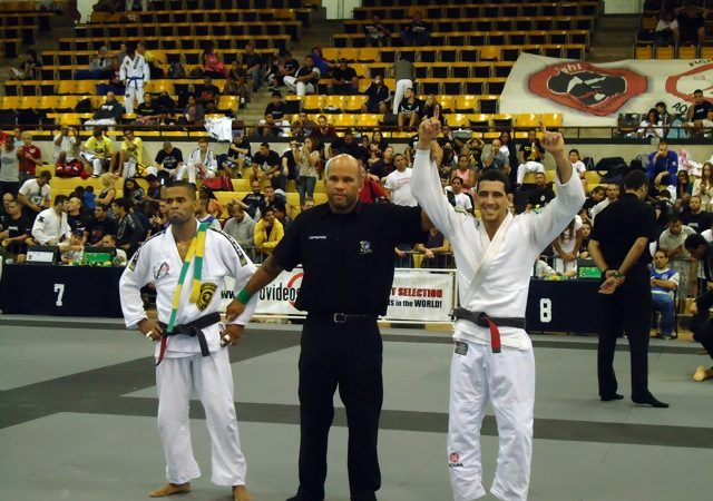Daniel Beleza celebrates gold at Miami Open