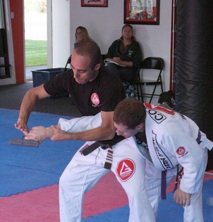 Bill teaches self-defense, offers choke app