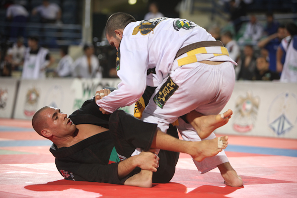 Rafael Lovato want s to come back to Emirates  in 2012. Photo: GRACIEMAG.