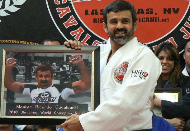 Aprenda 3 finalizações pelas costas com Ricardo Cavalcanti