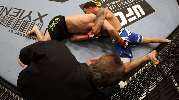 UFC 187: defenda o double-leg e finalize na guilhotina, com Chris Weidman