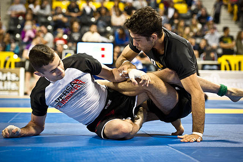 Four-time No-Gi world champ Caio Terra sets trap for Malfa