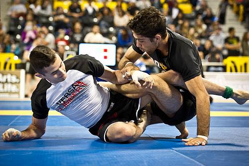 Four-time No-Gi world champ Caio Terra sets trap for Malfa