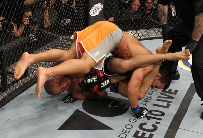 The intricacy of TUF armbar of the night in photo gallery
