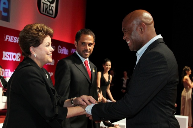 Anderson encontra Dilma