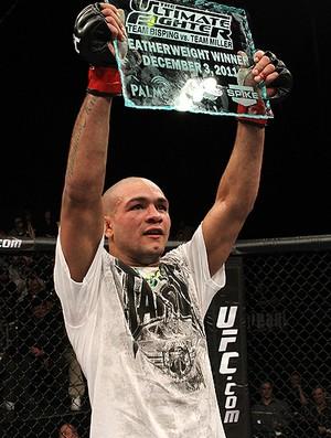 Diego Brandão comemora título do TUF 14. Foto:UFC