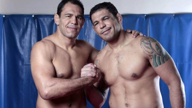 Nogueiras sport billionaire's shorts at UFC 140