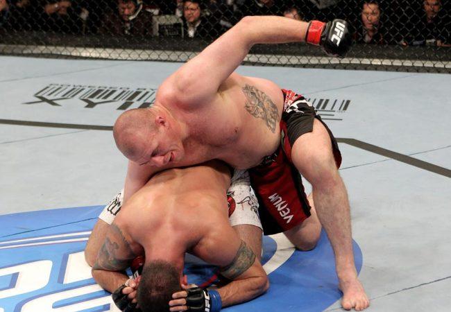 UFC 142 sofre mais duas baixas