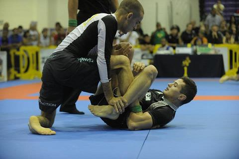 How do you get your opponent out of side-control? See Caio's way