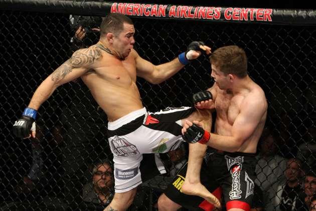Trator sente a mão e é mais um brasileiro fora do UFC