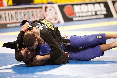 Antonio Braga Neto mounted in 2011 Worlds final