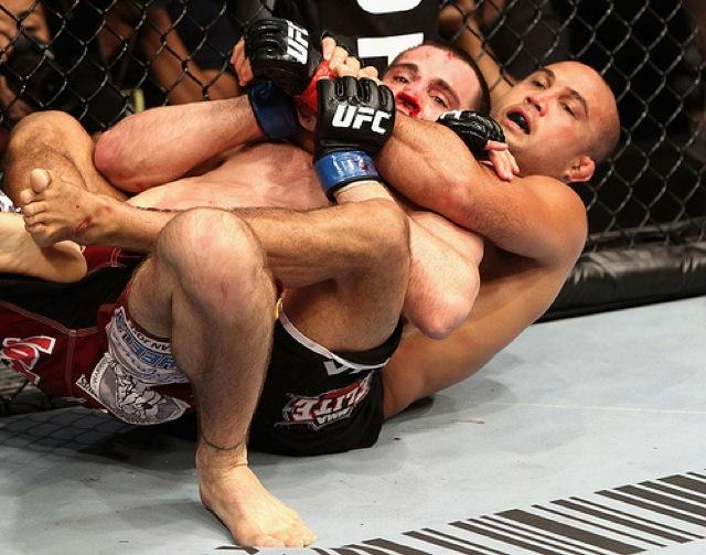 BJ Penn ataca Jon Fitch com o Jiu-Jitsu, no UFC