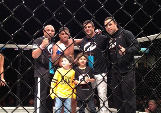 Gilberto Durinho's Jiu-Jitsu lesson in MMA