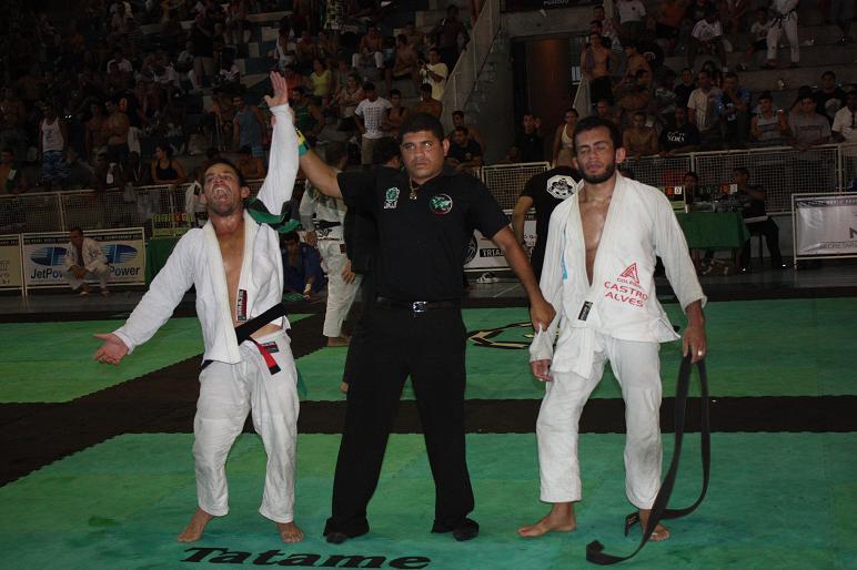 Willcox comemora. Foto: Carlos Ozório
